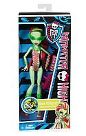 Кукла Monster HighВенера Мухоловка в купальникеBeach Beasties