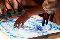 Мармуровий живопис по воді