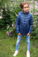 Детская куртка на весну асимметричного кроя