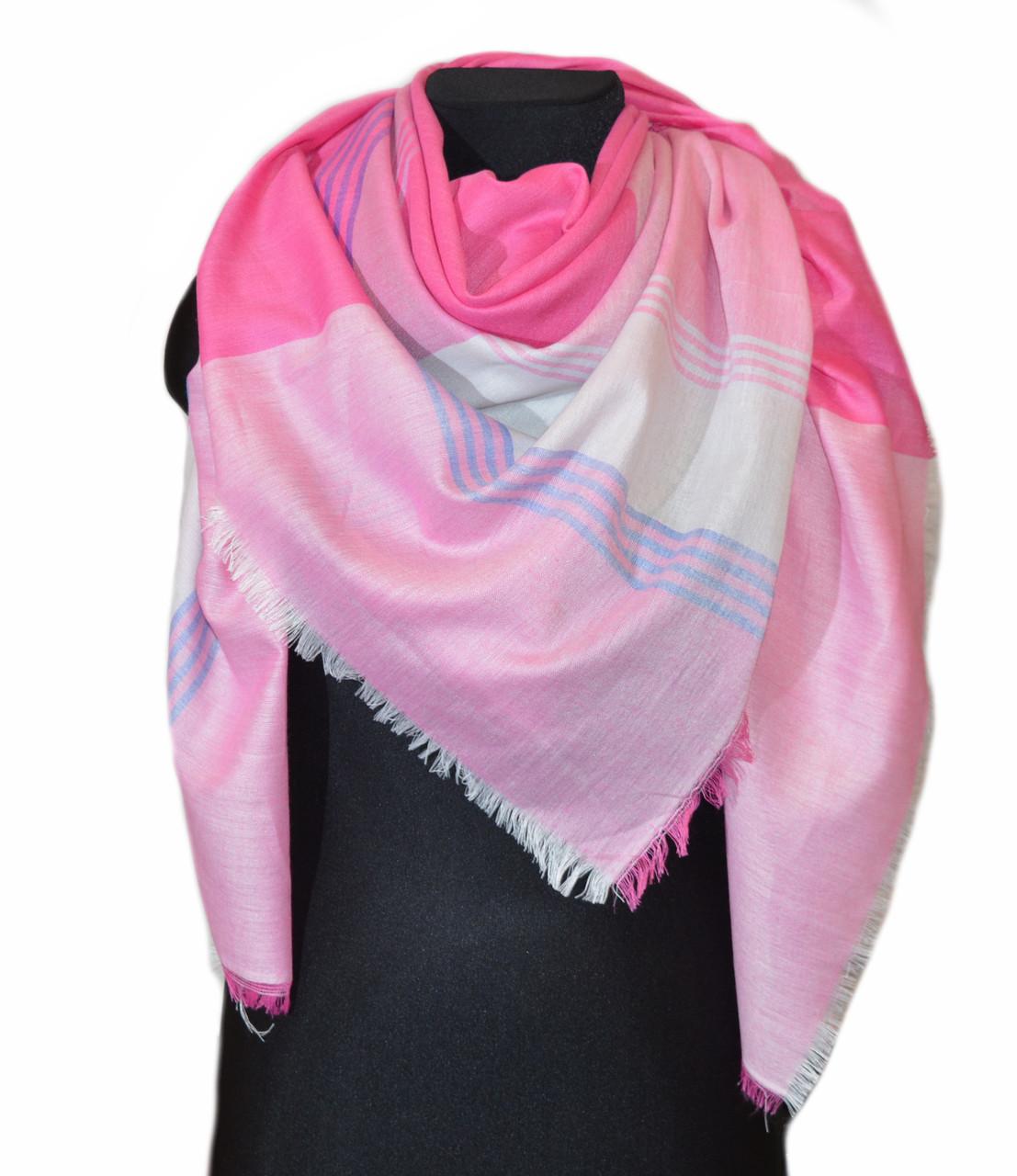 Розовый большой хлопковый платок в клетку