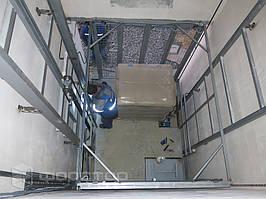 Высота подъема платформы — 4350 мм.
