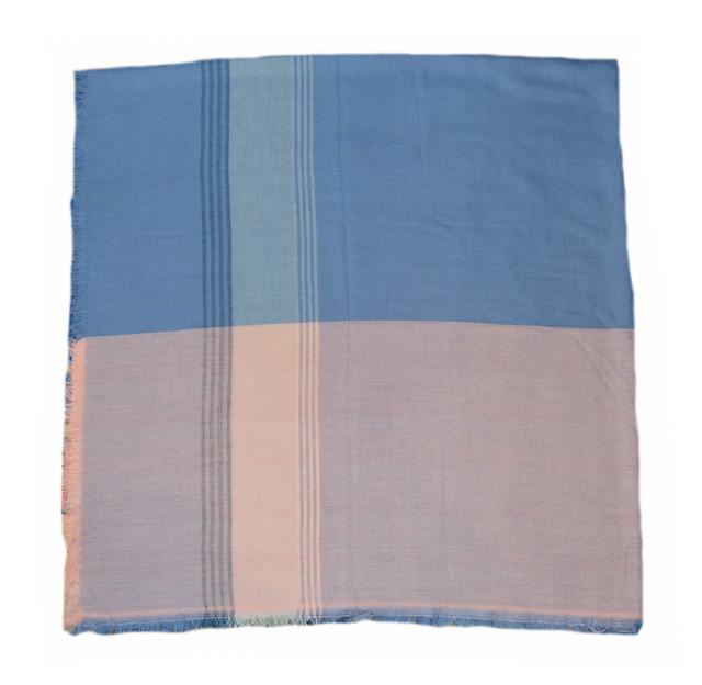 Синий большой хлопковый платок в клетку 2