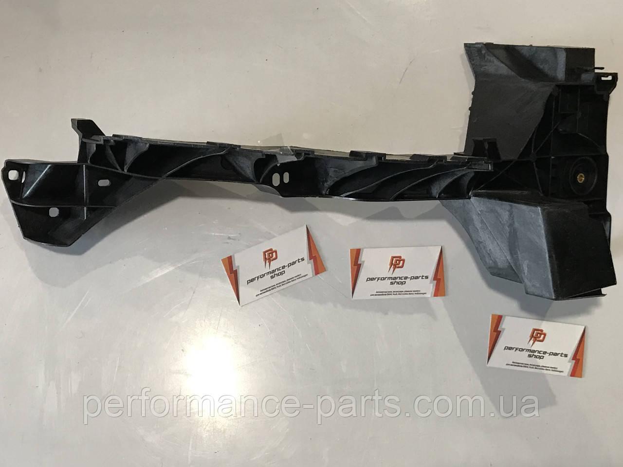 Крепление фары AUDI Q7 4M0805608