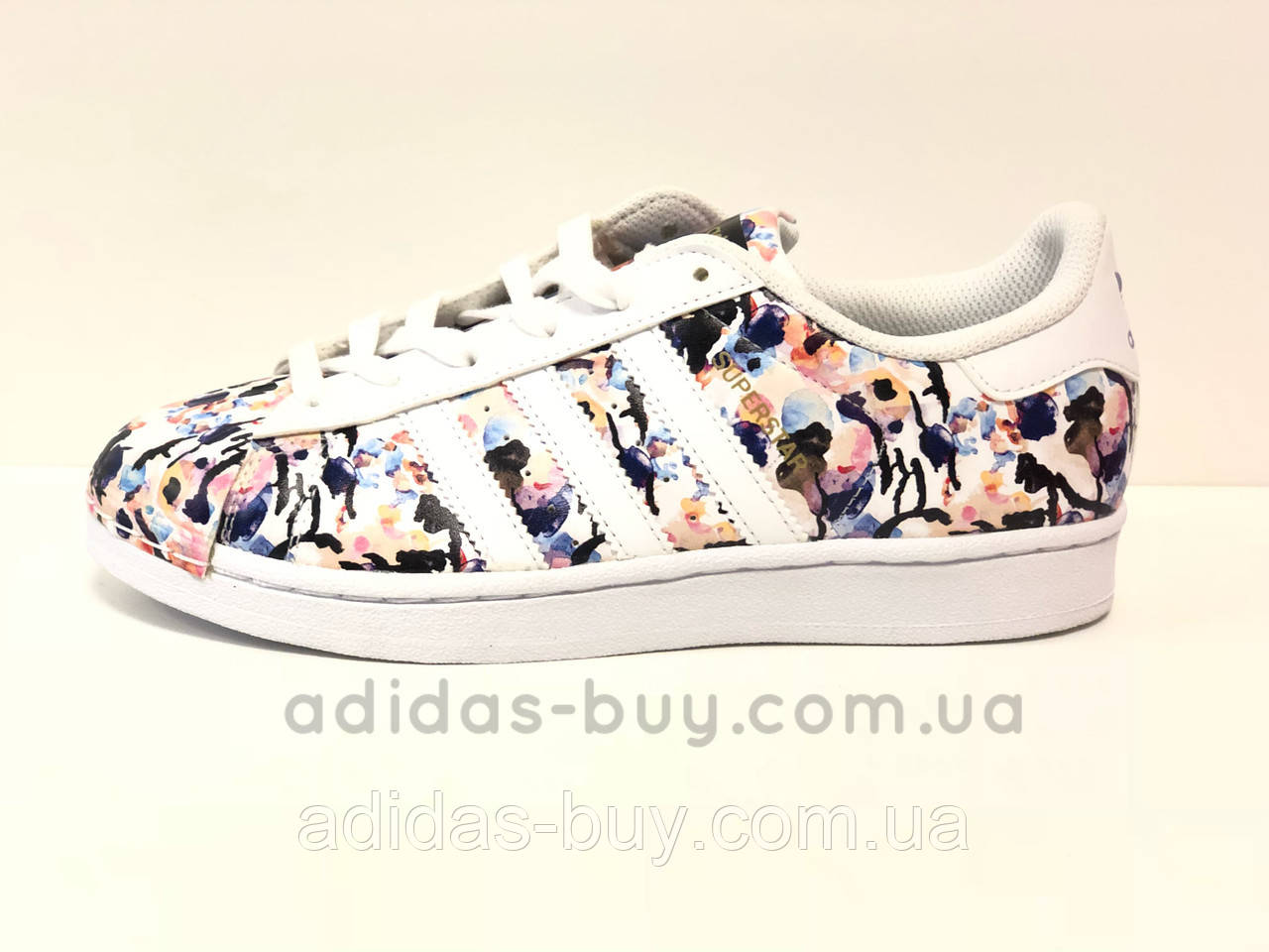 Женские осенние оригинальные кроссовки Adidas Superstar bb0351