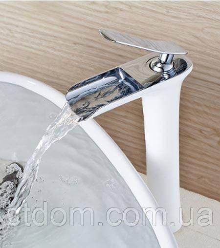 Високий змішувач для раковини з каскадним виливом Art Design Pafos CH4101 білий/хром