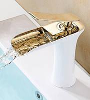 Смеситель для умывальника каскадный Art Design Pafos CH4002 белый/золото