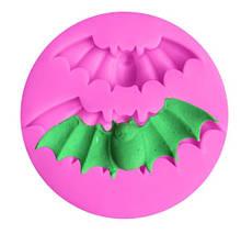 """Молд силиконовый """"Летучая мышь"""" - диаметр молда 5,5см, пищевой силикон"""