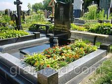 Памятник на кладбище, фото 2