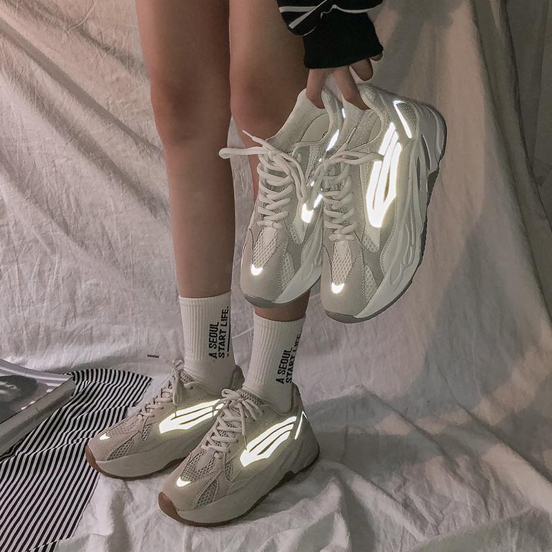 Женские огненные кроссовки