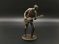 Статуэтка Veronese Гитарист, серия Джазовые музыканты 77180A4