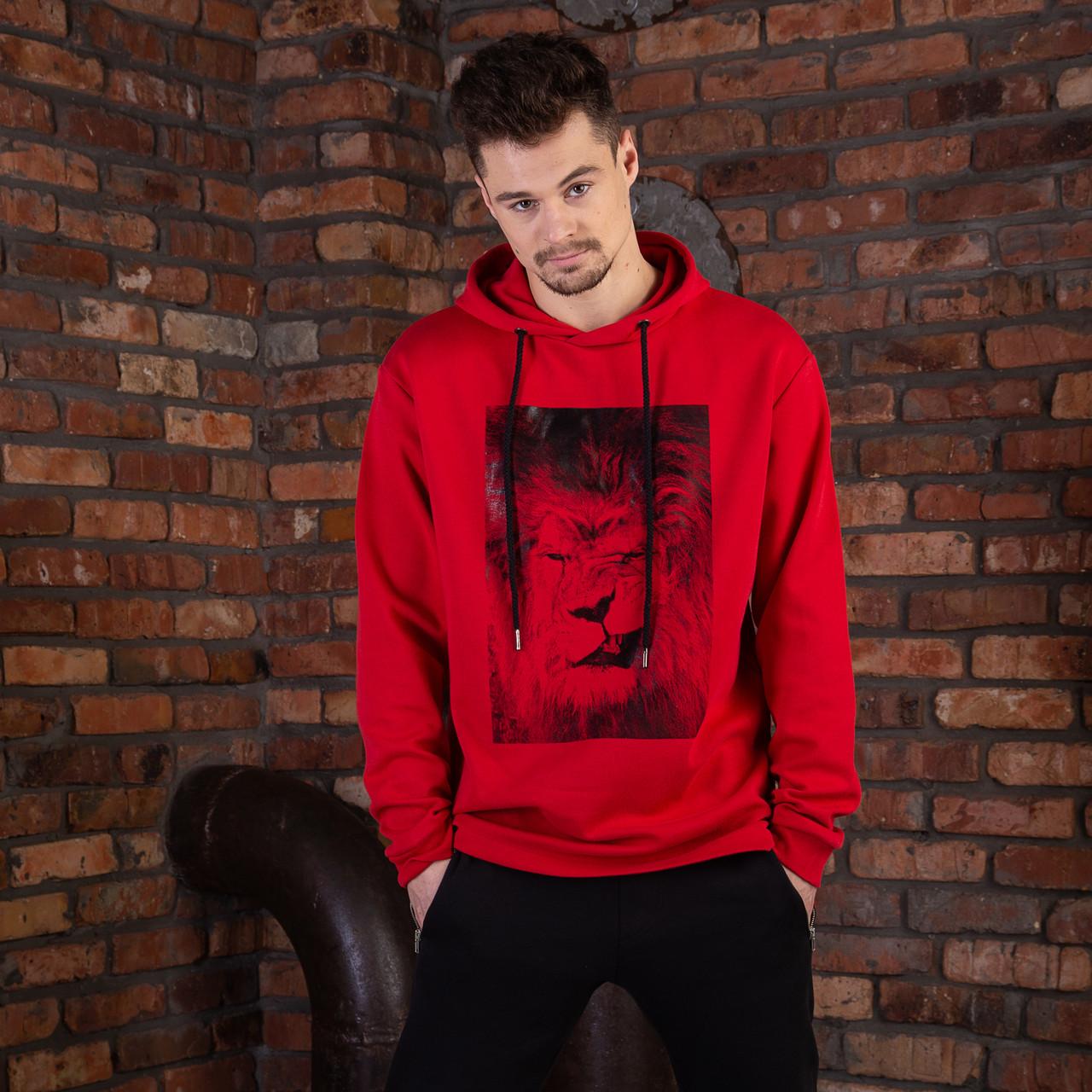 Красная спортивная мужская кофта с принтом