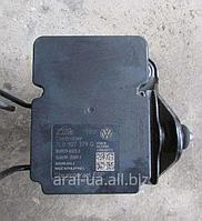 Блок управления АБС ABS 7H0907379Q 7H0614517 к VW T5 Transporter Multivan Caravella 2004-2010года