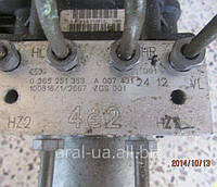 Блок управления АБС ABS A0074312412 BOSCH 0265251353 Mercedes Vito Viano 2011-2014года
