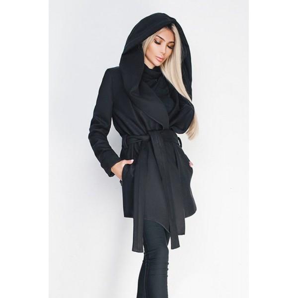 Черное короткое пальто Лагерта