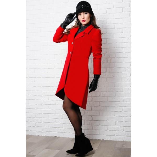 Красное женское пальто Дориана