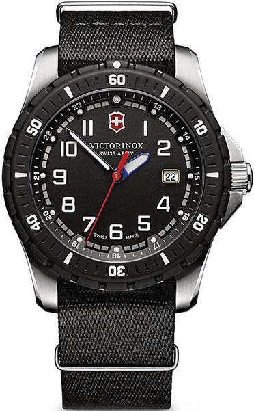 Мужские часы Victorinox Swiss Army V241674.1