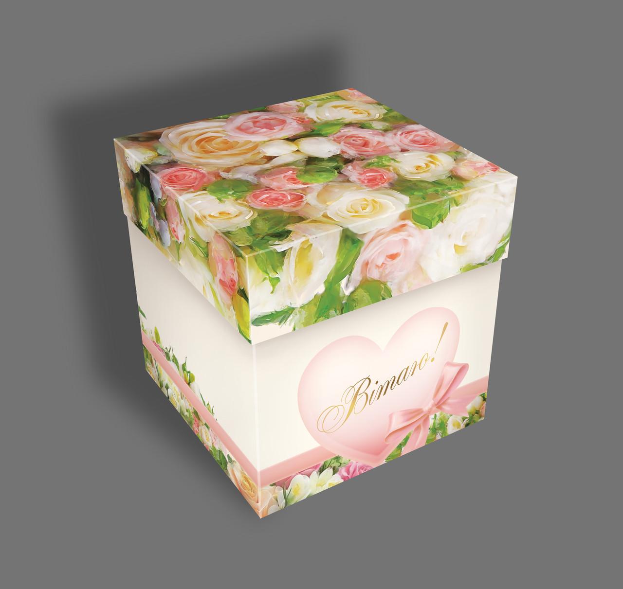Подарочная бумажная коробка Кубик 110*110 мм Розы 500 грамм