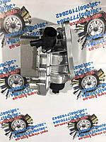 Теплообменник масляный задньоприводный Nissan NV400, фото 1