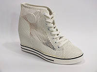 Добавлена обувь