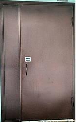 Двери в подъезд с утеплением с кодовым замком