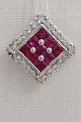 Подвеска золотая с бриллиантами и рубином KP0532R