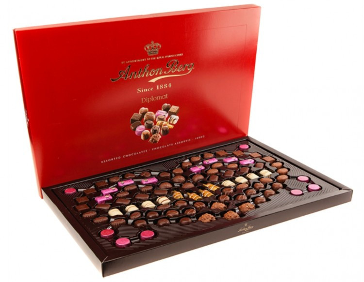 Подарочная коробка конфет Anthon Berg Diplomat