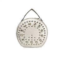 Женская сумочка круглая с заклепками серебро