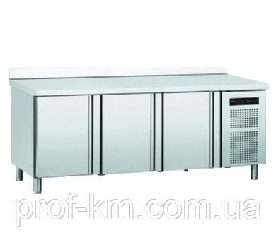 Стол холодильный 3-дверный CONCEPT SNACK 600 CMSP-200
