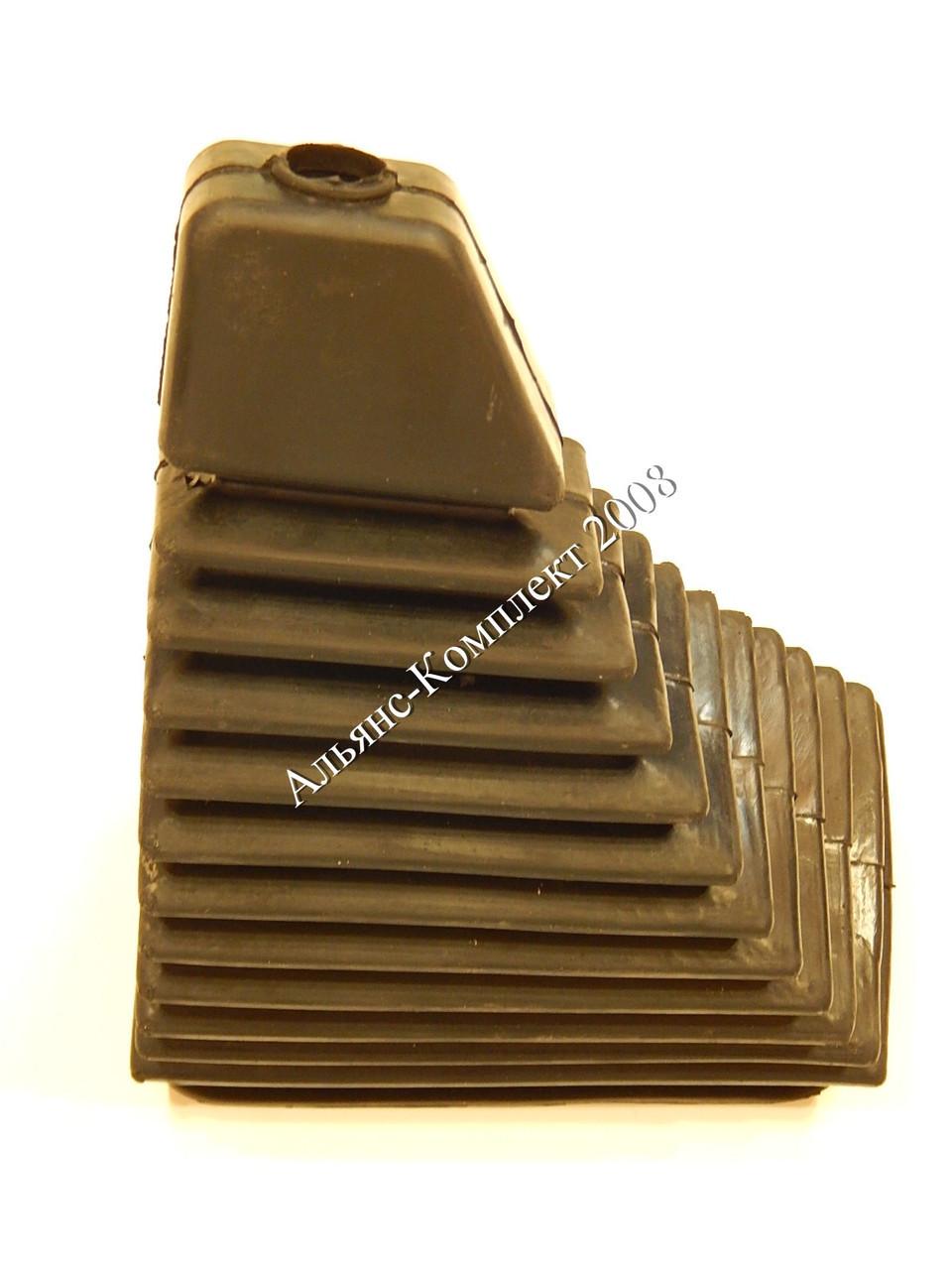 Чехол 80-6702243 рычага переключения передач трактора МТЗ