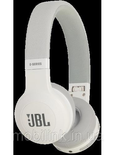 Беспроводные наушники JBL E45BT White