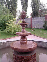 Большой фонтан из гранита, фото 2