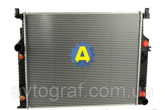 Радиатор охлаждения двигателя (основной) на Mercedes (Мерседес) GL-Class GL320-GL450-GL550 2006-2012