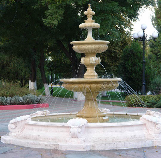 Красивые фонтаны из гранита