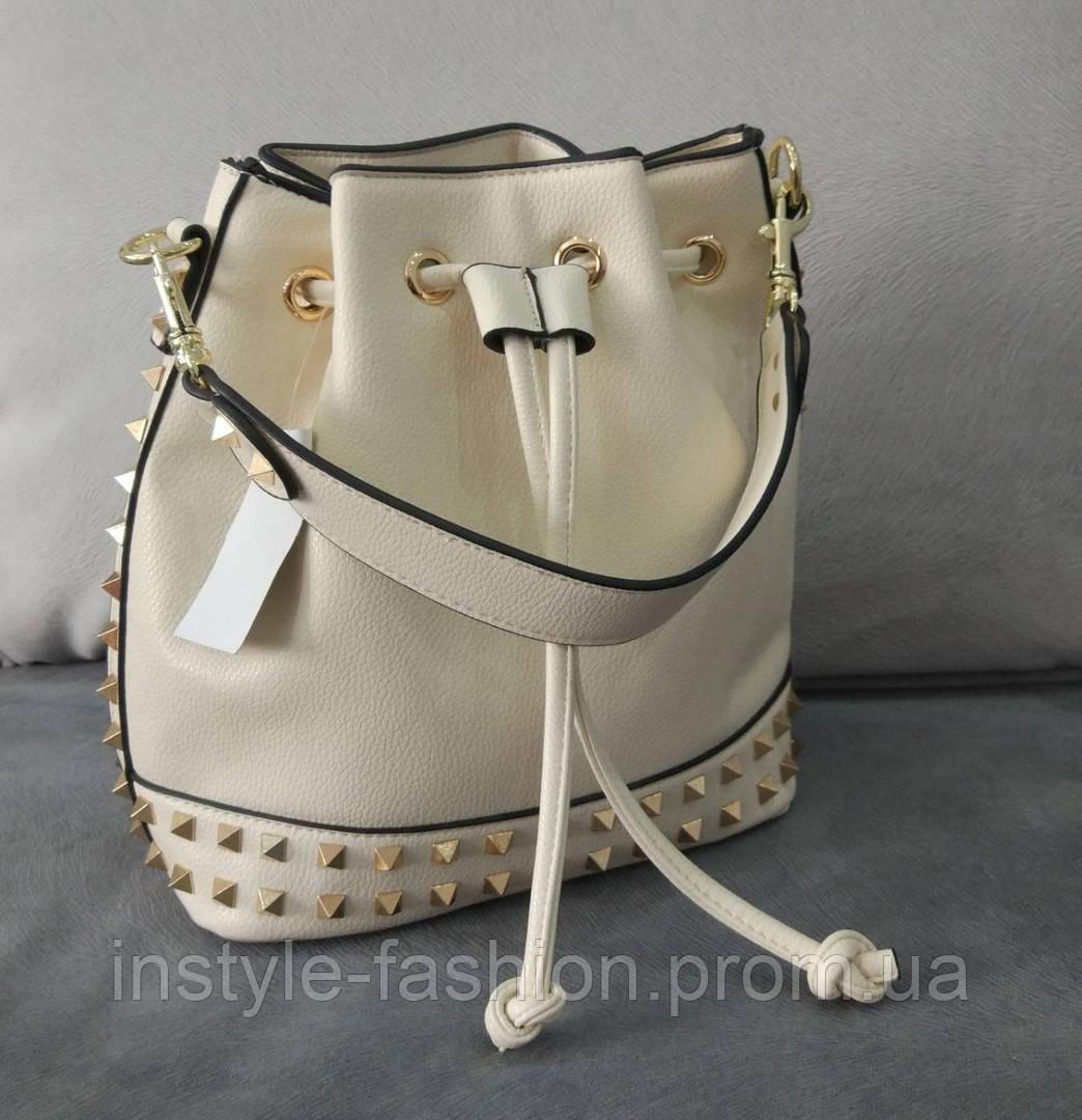 15ae63b89872 Женская сумка мешок копия Валентино Valentino качественная эко-кожа цвет  молочный, ...