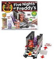 "Конструктор 5 ночей с Фредди McFarlane Toys Five Nights At Freddy's "" Уэст-Холл"" West Hall Bonnie and Foxy"
