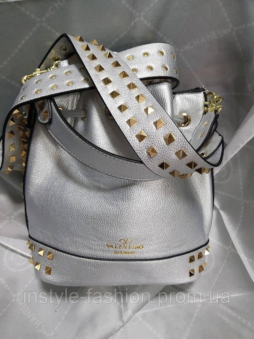 2ab33a769872 ... Женская сумка мешок копия Валентино Valentino качественная эко-кожа цвет  серебрянный, ...