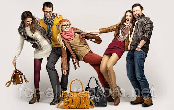 Фото Женские и мужские сумки через плечо