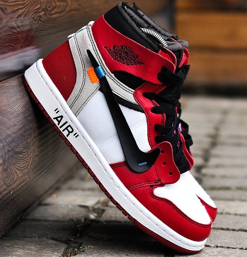 """Баскетбольные кроссовки в стиле OFF-WHITE x Nike Air Jordan 1 """"Chicago"""""""