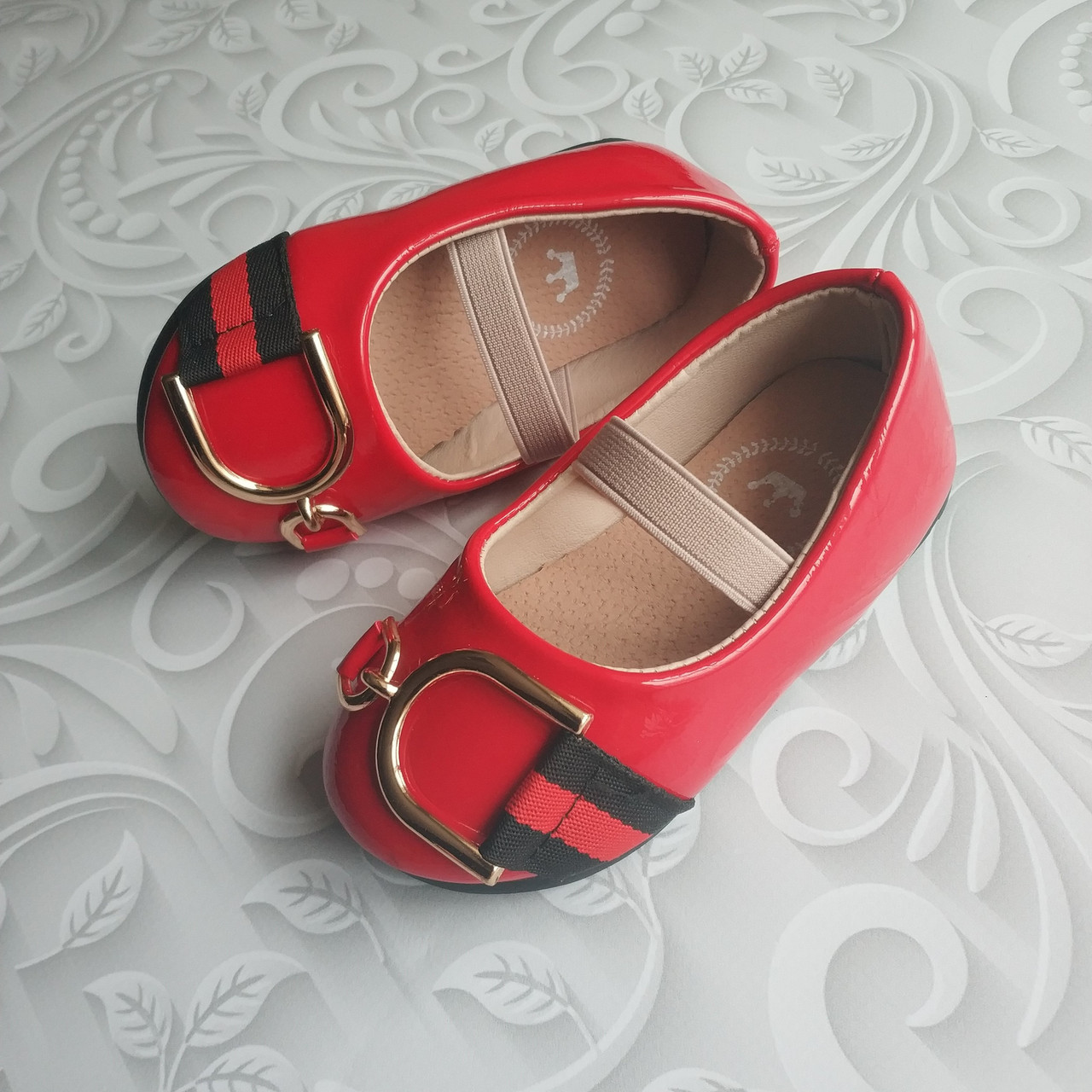 Лаковые туфли красные, стиль Dolce Gabbana