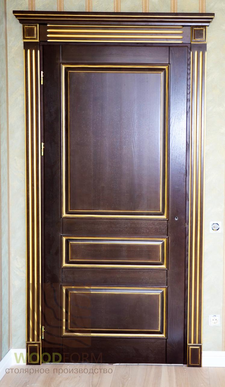 Межкомнатная дверь ясень, цвет Людовик с золотой патиной.