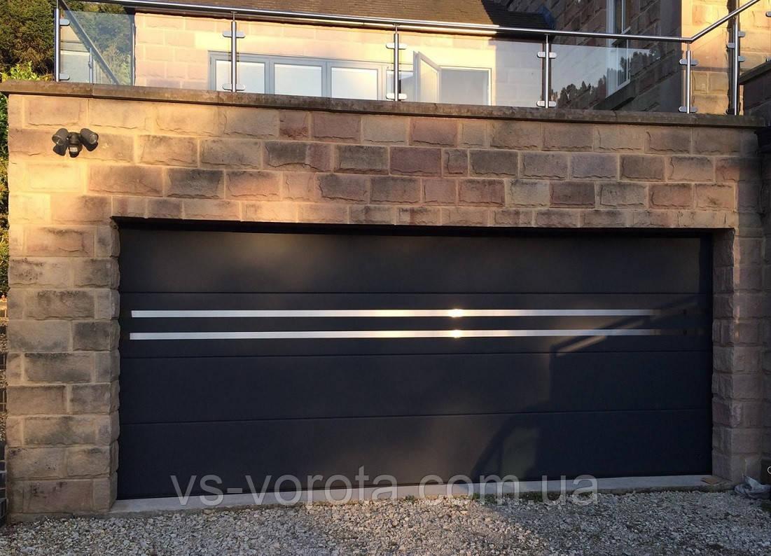 Ворота Doorhan RSD 01 размер 3000х2500 мм - гаражные секционные Чехия