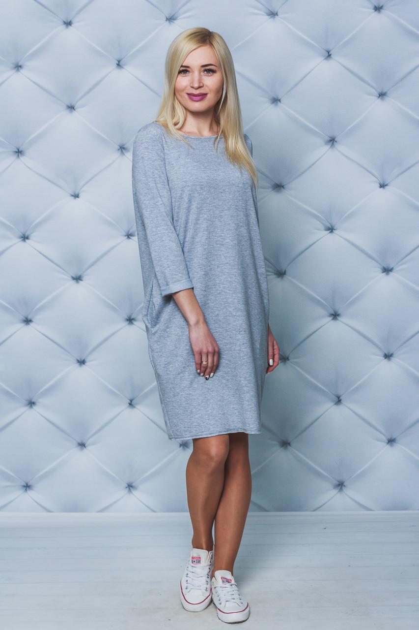 Платье трикотажное женское светло-серое