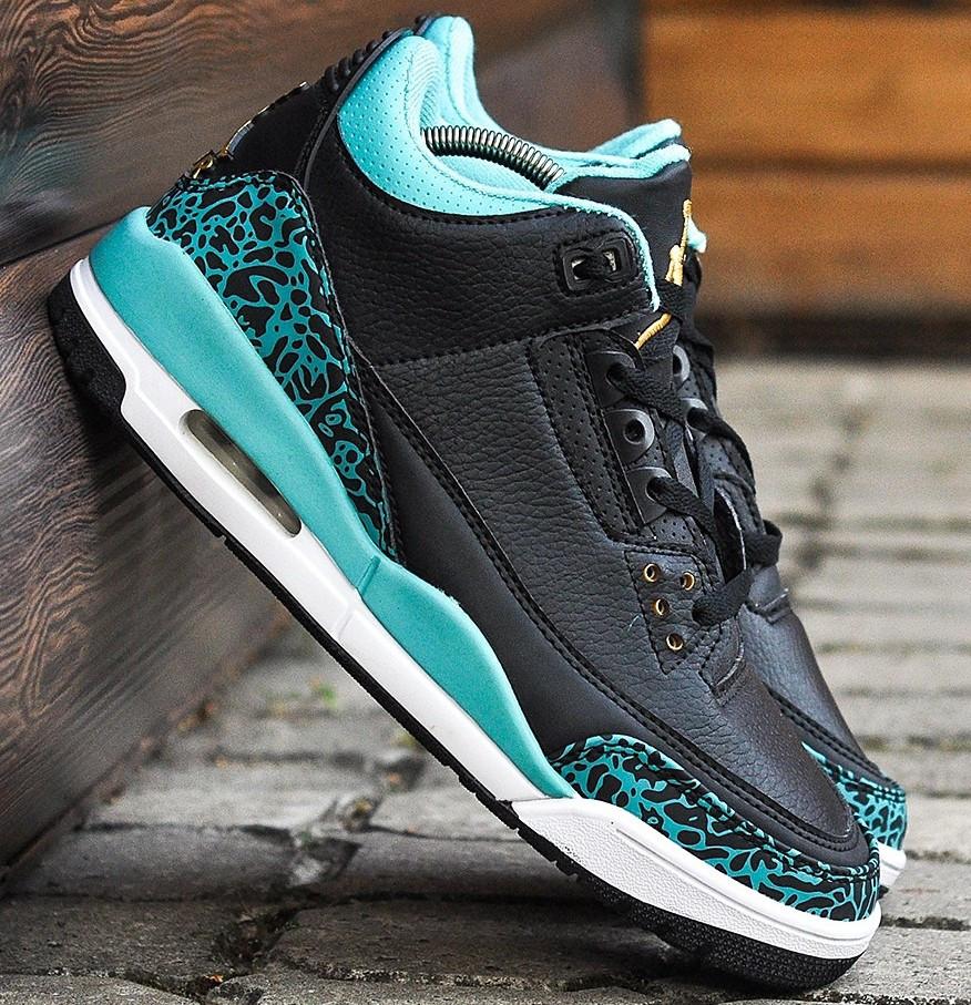 Баскетбольные кроссовки Nike Air Jordan 4