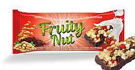 Фитнес - батончик FruityNut с орехами и земляникой в йогурте