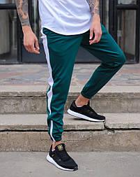 Мужские штаны спортивные Rocky зеленые с белым. Живое фото