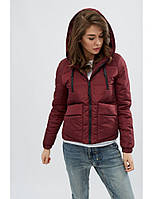 Женская куртка демисезонная короткая бордовая с капюшоном