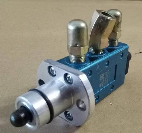 Клапан пневматический переключения F99660 повышающий/пониженной передачи КПП HOWO(ХОВО), фото 2