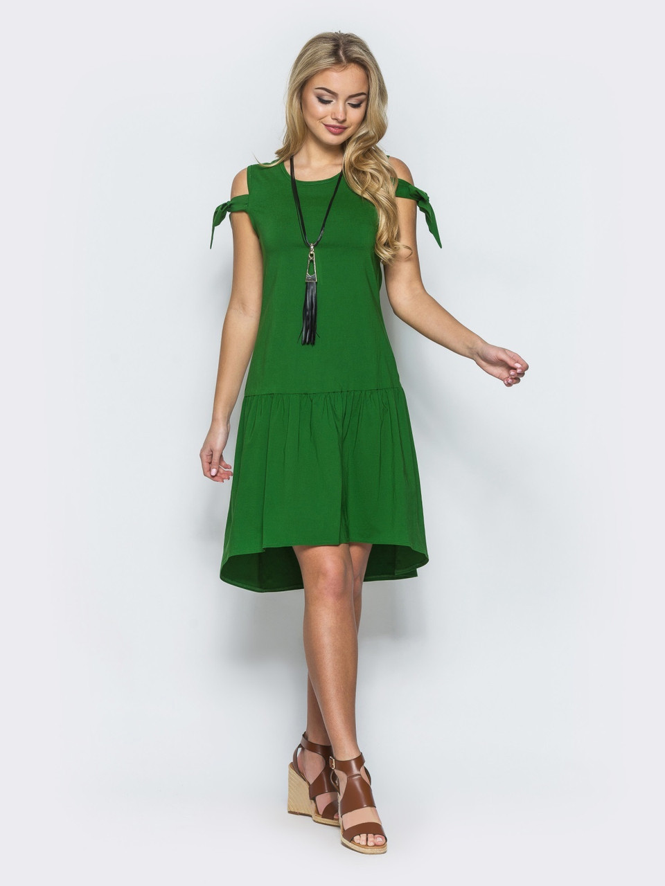 8b0b537efa1 ◼Зеленое платье с завязками на рукавах   Размер 44