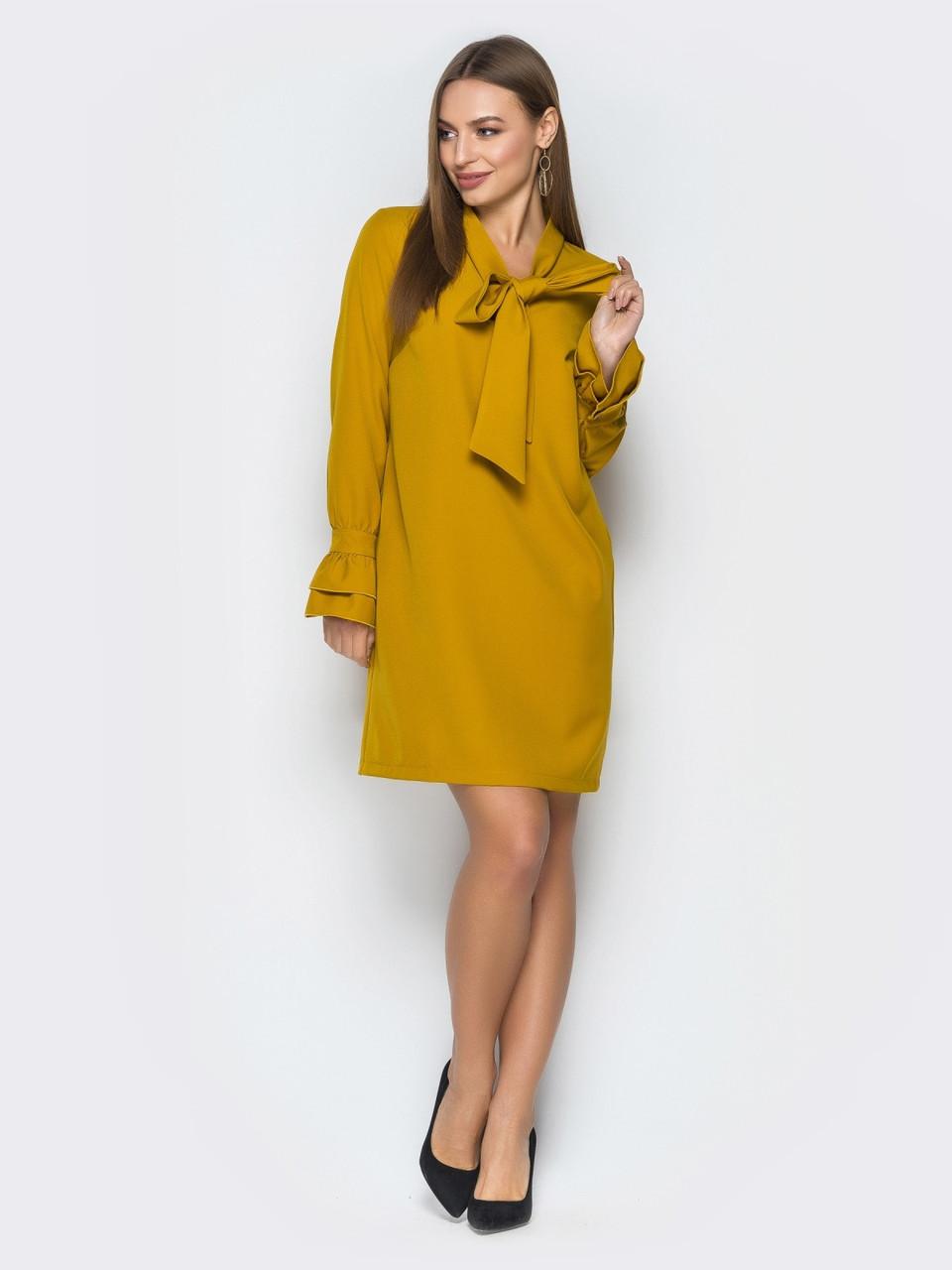 ae1f1064ff9 ◼Горчичное платье прямого кроя с воротником «Аскот» (с воланом на рукавах)
