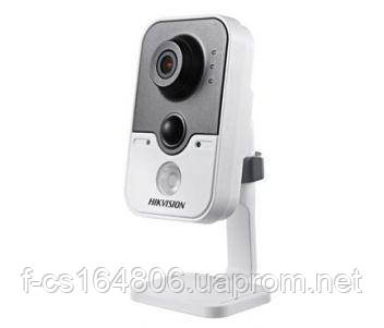 Видеокамера Hikvision DS-2CD2422FWD-IW (2.8 мм)